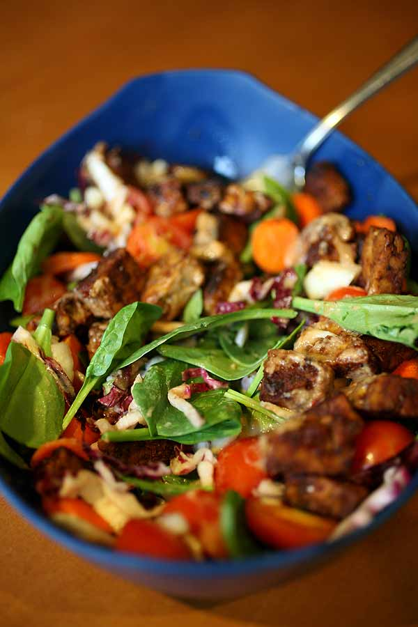 Post image for Barbequed Tempeh Salad
