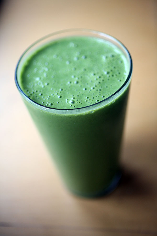Post image for Drink Your Salad: Delicious Vanilla Spinach Smoothie